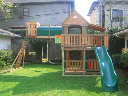 LeisureTime Products Woodridge Playset